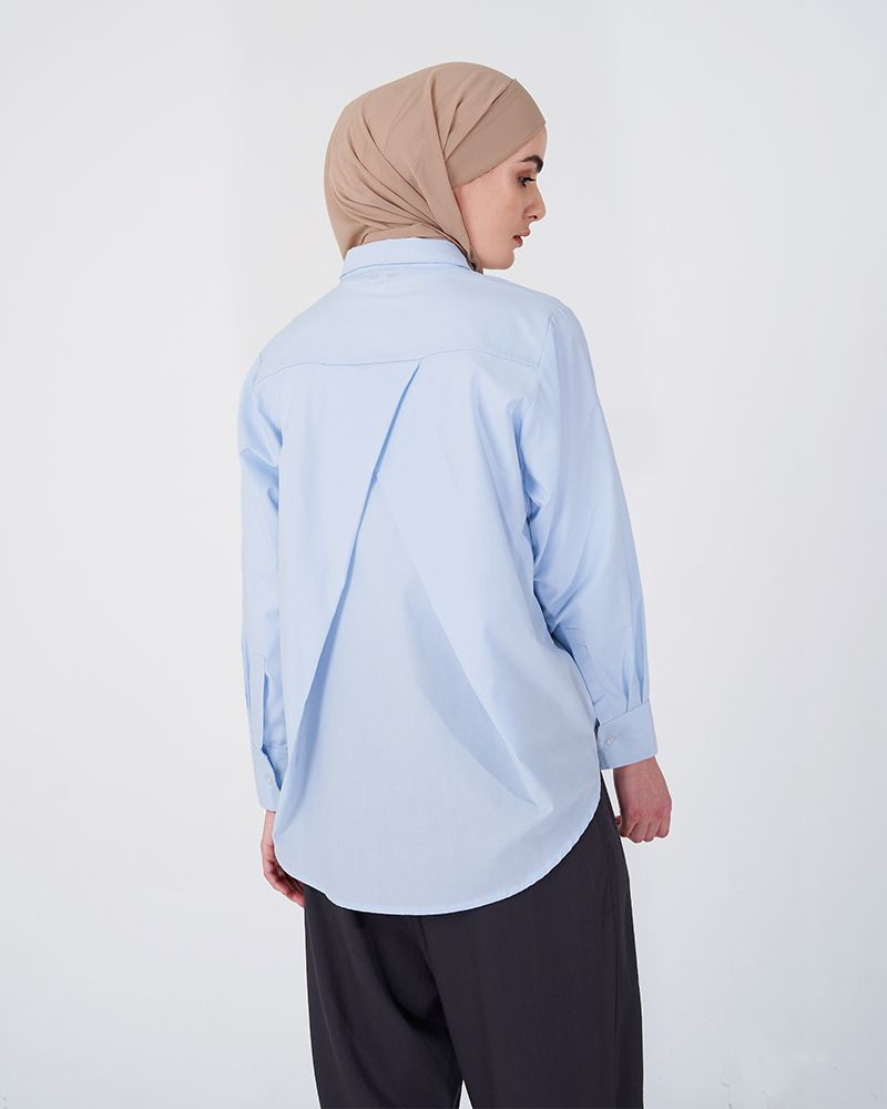 OVERLAP BACK SHIRT DUSTY POWDER BLUE