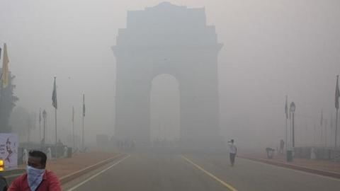 Delhi: Air quality poor, expected to worsen further