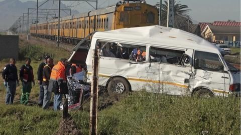 South Africa: 27 people killed in road crash, 4 injured
