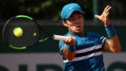 Duck-hee becomes 1st deaf player to win ATP main draw match