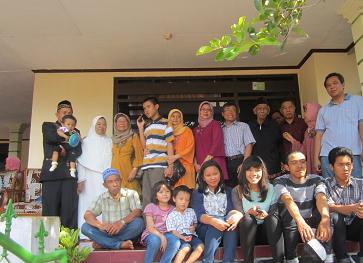 Foto_reuni_keluarga1.png