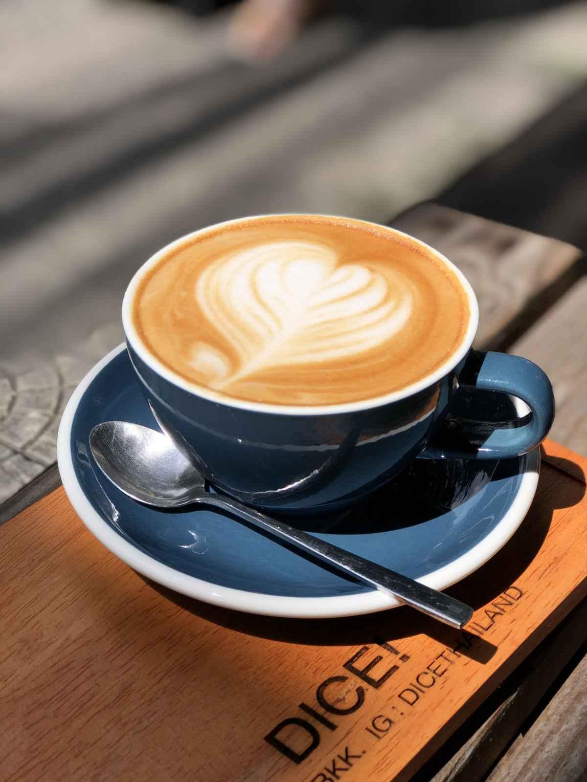 DICE! Cafe ร้านกาแฟ