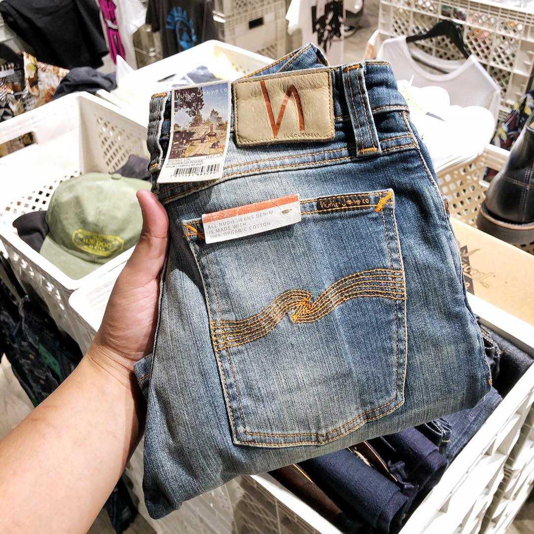 กางเกงยีนส์ NUDIE Jeans