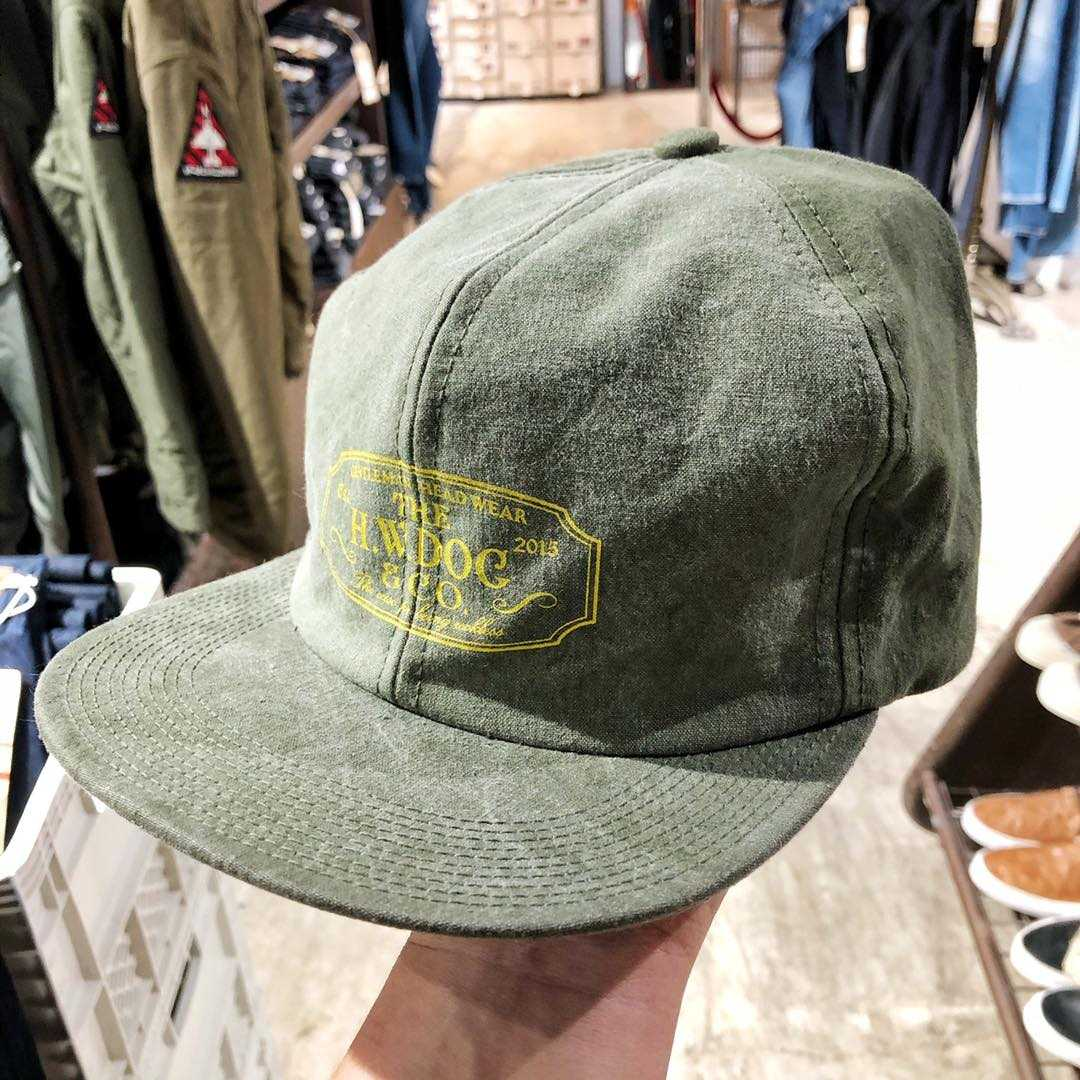 หมวกแก๊ป H.W. DOG