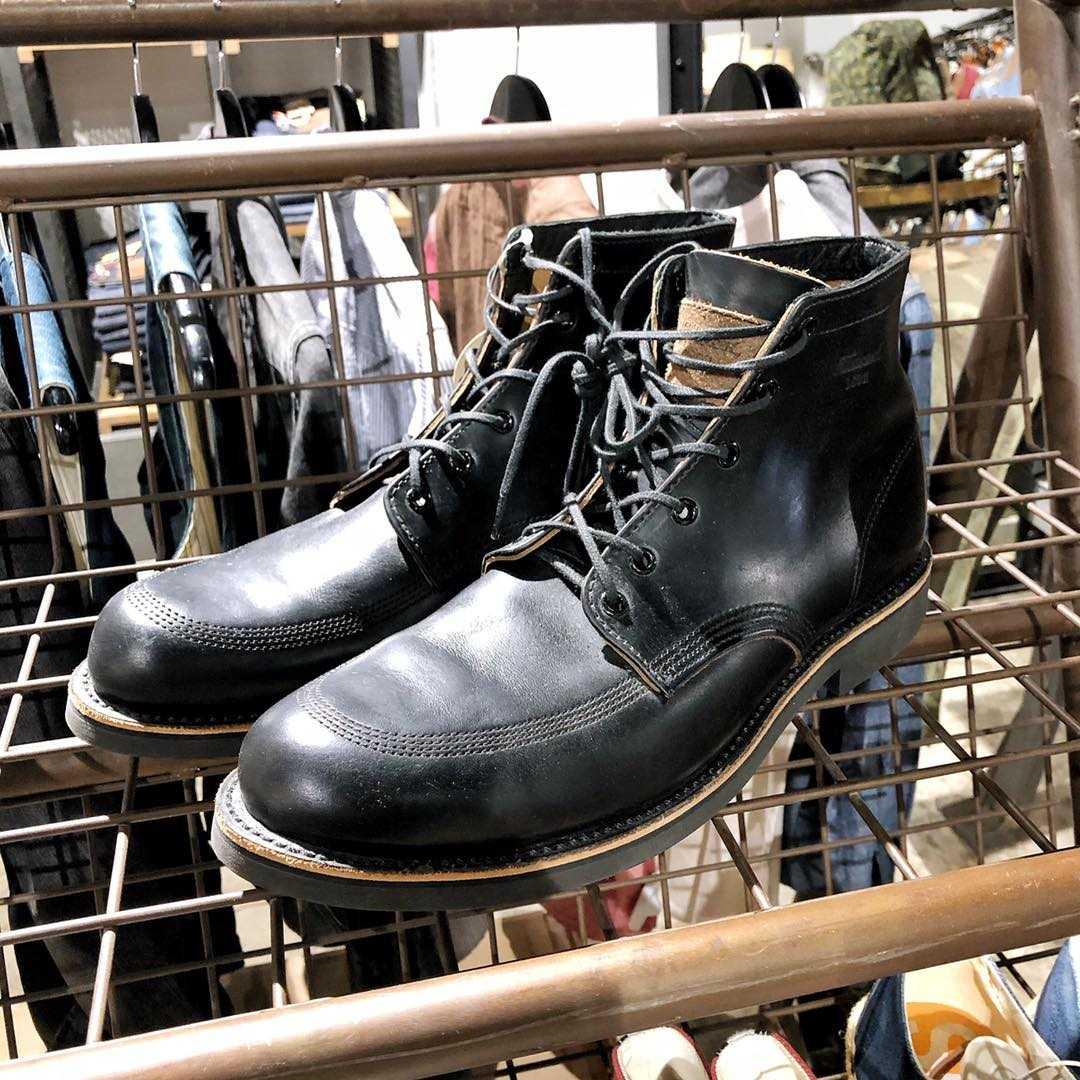 รองเท้า Thorogood