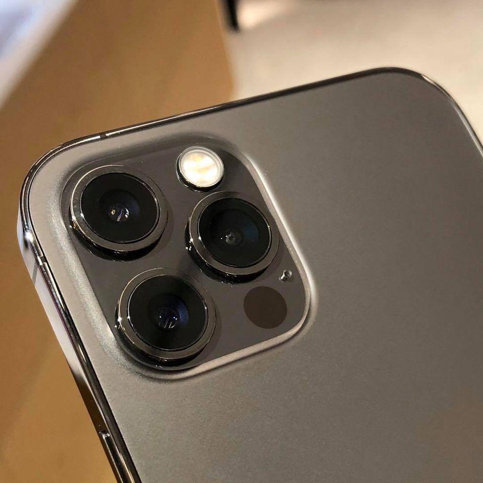 iPhone 12 Pro SCB Speedy Cash