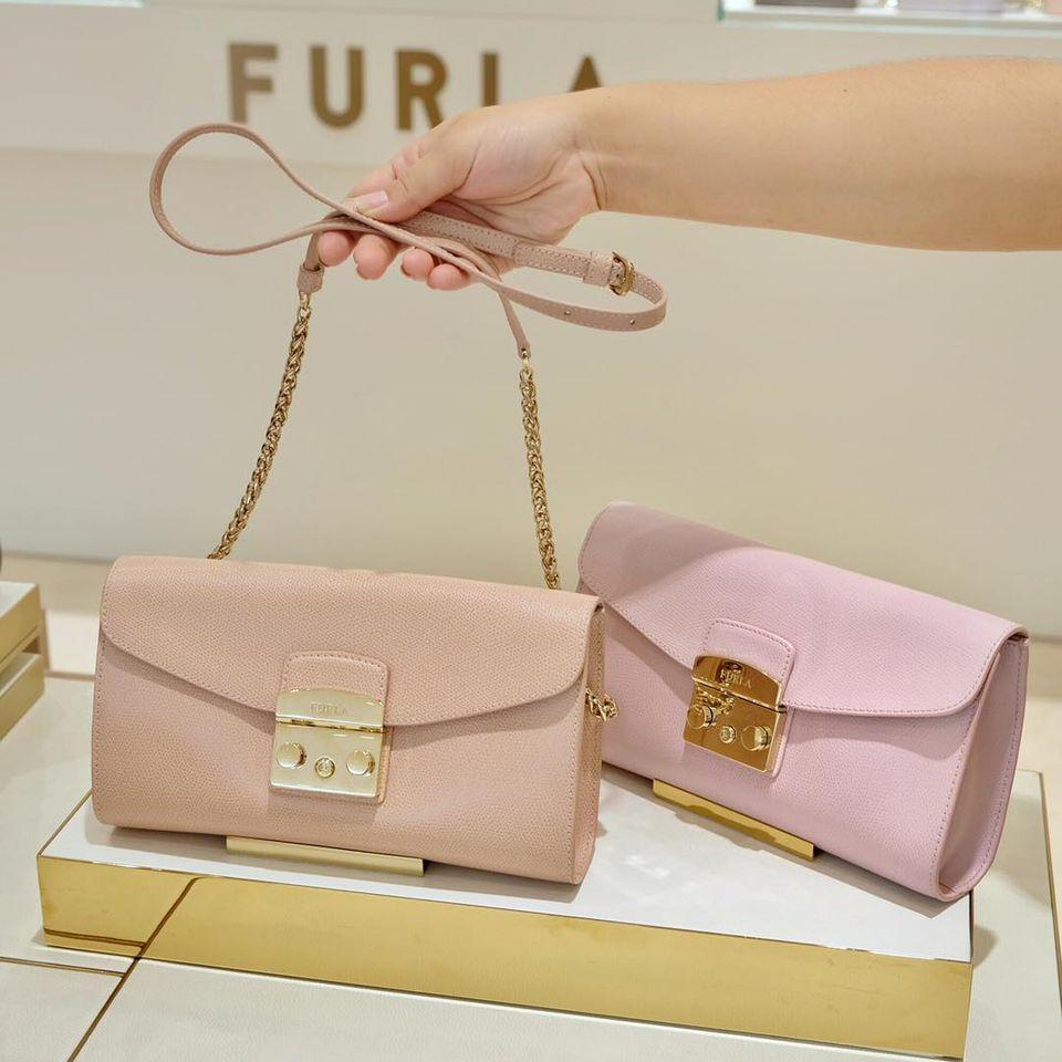กระเป๋า FURLA