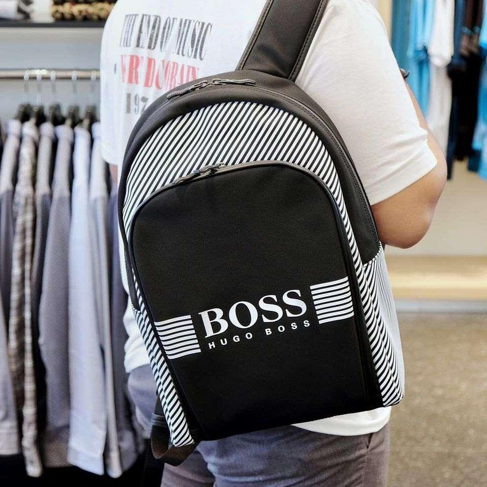 ิboss กระเป๋าสะพายข้าง
