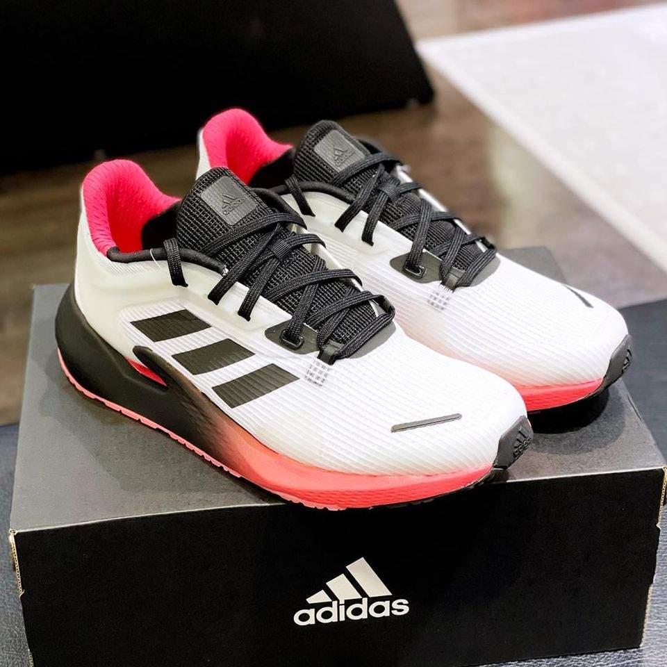 รองเท้าadidas6