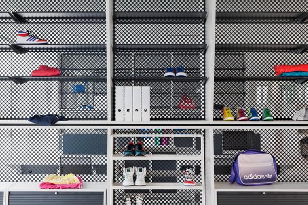 Desain Kantor Adidas