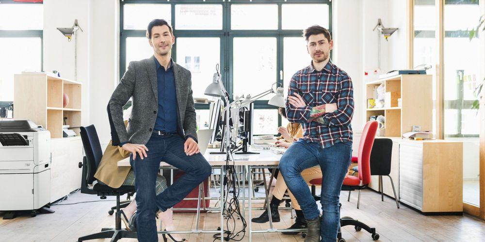 Startup dan Corporate