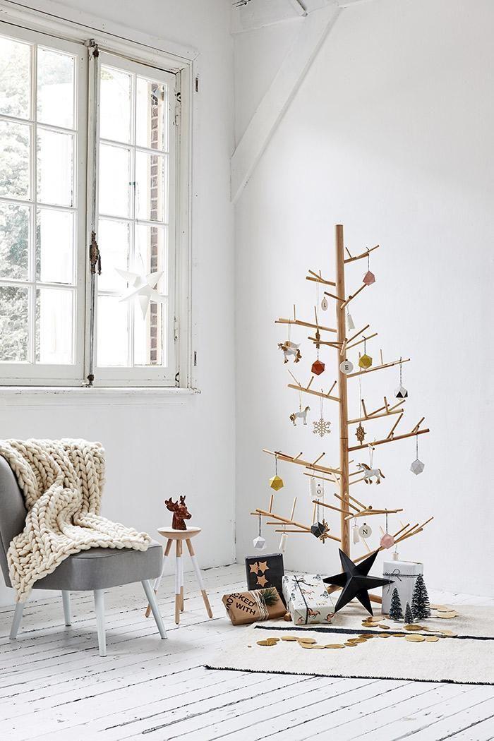 Pohon Natal Kerangka