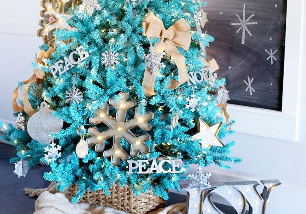 Pohon Natal Biru