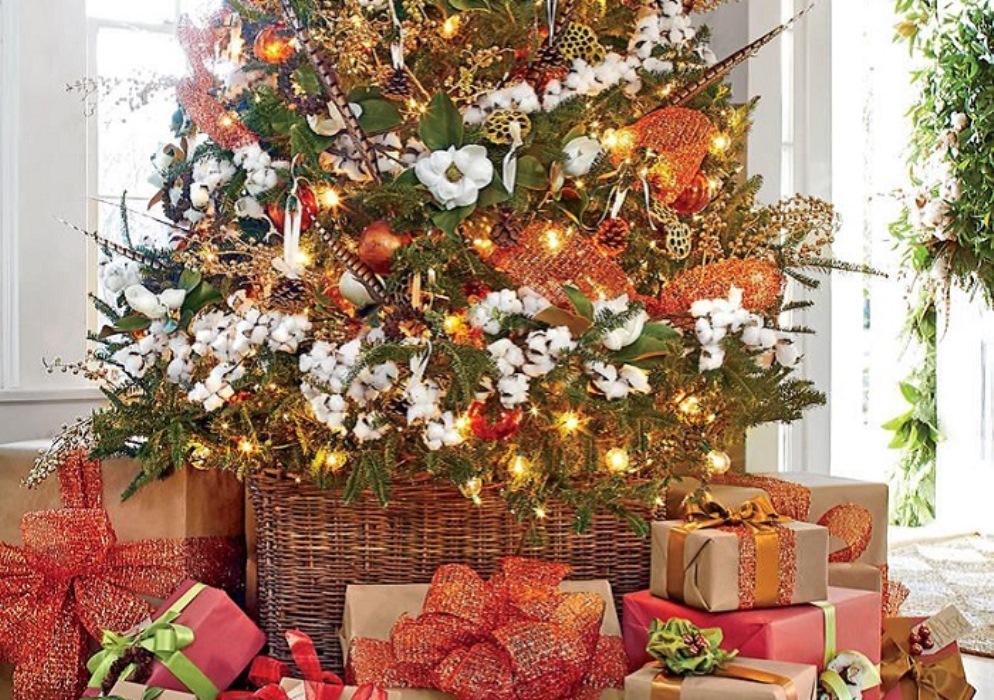 Blooming Christmas Tree