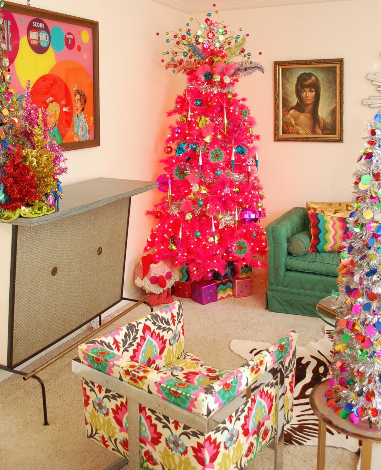 Pohon Natal Warna Warni