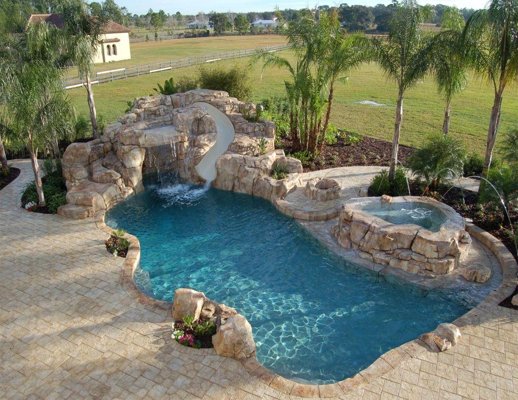 Minimalist Swimming Pool