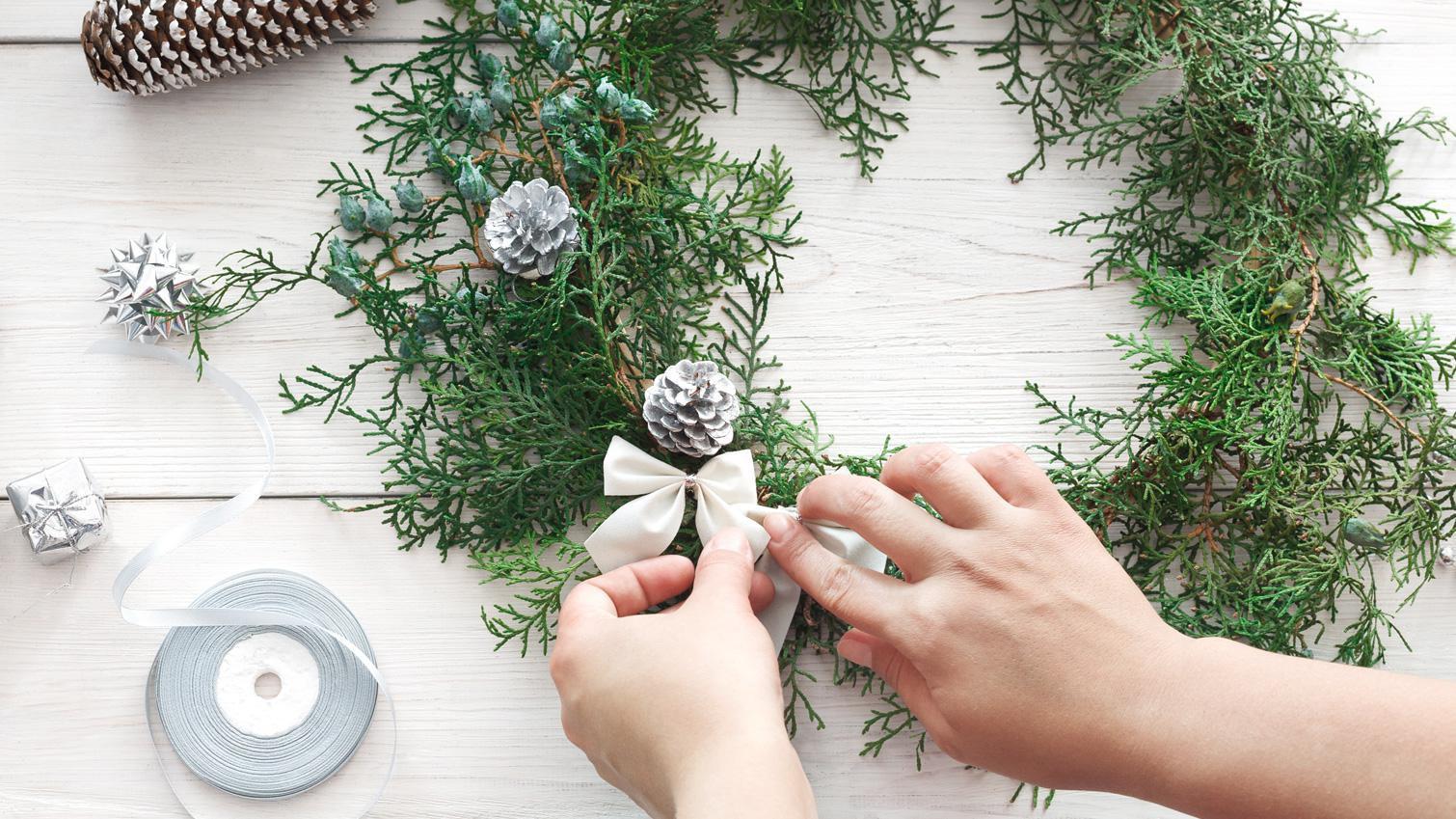 Hiasan Bunga Natal