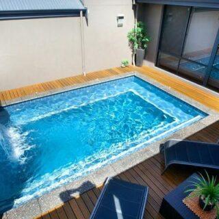 15 desain kolam renang minimalis untuk quality time di