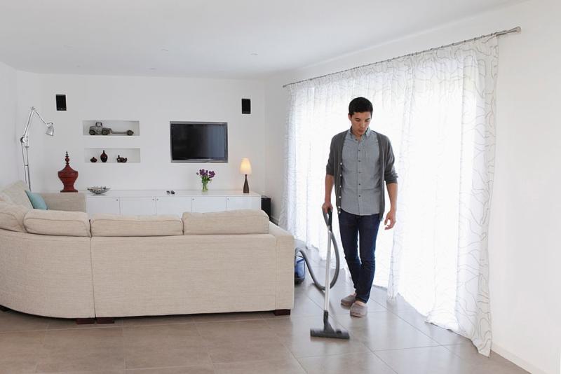 Cara Mengisolasi Diri di Rumah