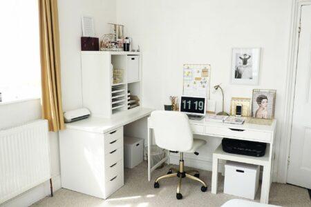 model meja kantor minimalis keren agar makin semangat