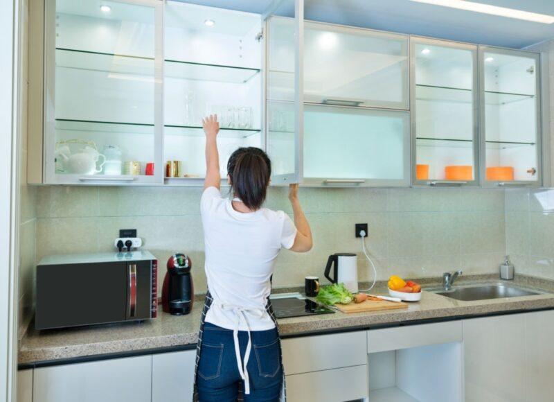 lemari dapur gantung
