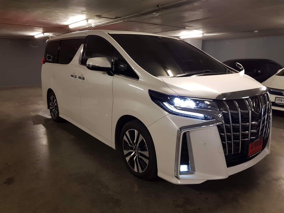 เช่ารถ รถเช่า พัทยา Toyota Alphard 2018
