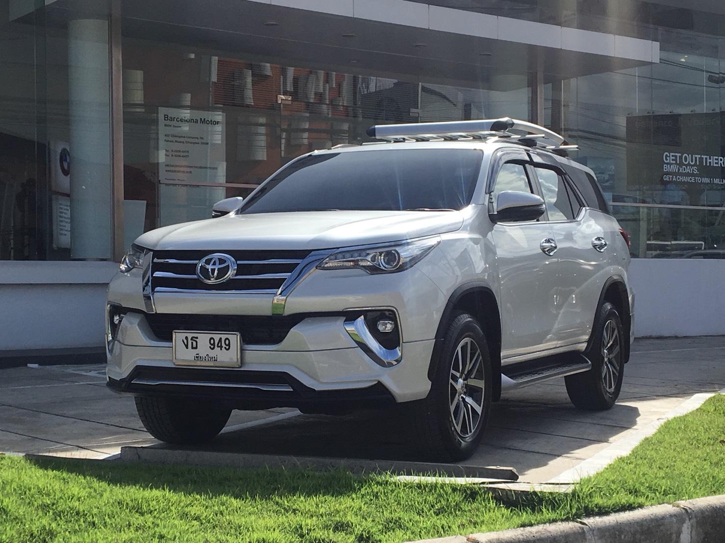 เช่ารถ รถเช่า เชียงใหม่ Toyota Fortuner 2018