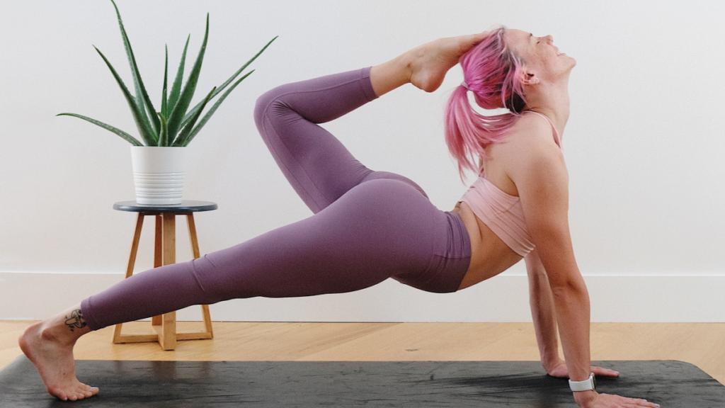 circlemagazine-circledna-does-yoga-tone-your-body