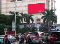 sewa media Videotron / LED Videotron STC Senayan View From PS to Mustopo KOTA JAKARTA PUSAT Street