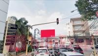 sewa media Billboard Billboard Jl. Lembong (Bandung) KOTA BANDUNG Street