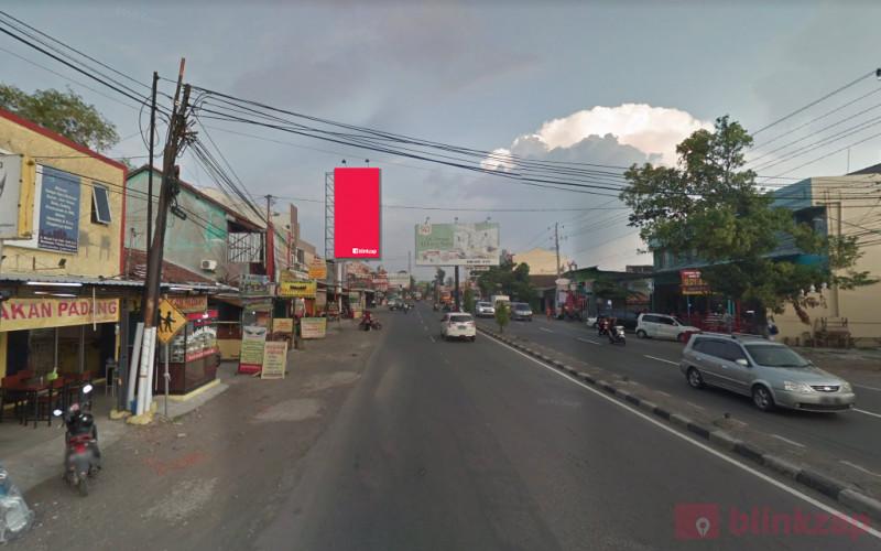 Sewa Billboard - Billboard 33. BARAT LAMPU MERAH PERTIGAAN PASAR KLECO, HADAP BARAT - kabupaten sukoharjo