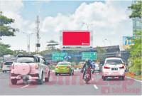 sewa media Billboard Pertigaan Bundaran Waru KOTA SURABAYA Street