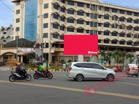 sewa media Videotron / LED LED Jl. SM Raja sp Amaliun ( Hotel Madani ) KOTA MEDAN Street