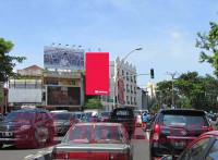 sewa media Billboard Billboard Per4an Tunjungan - Gemblongan (Tunjungan Center) KOTA SURABAYA Street