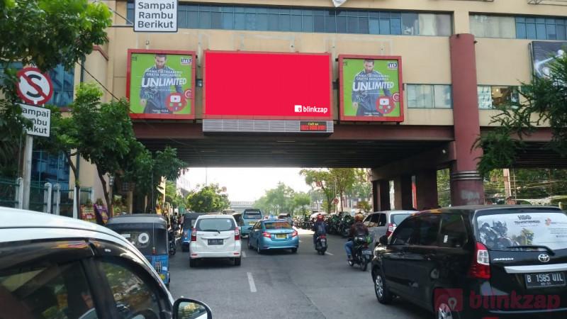 Sewa Videotron / LED - Videotron M2 KOT - Jalan Mangga Dua Raya, Jakarta Pusat - kota jakarta pusat