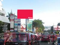sewa media Billboard Billboard JL. Urip Sumoharjo - Basuki Rahmat 174-176 Atas Gedung KOTA SURABAYA Street