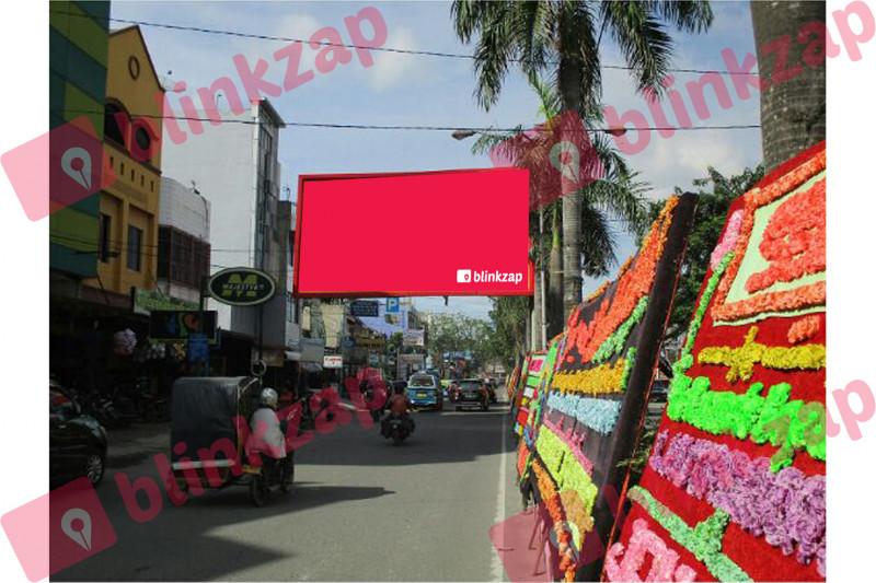 Sewa Billboard - Billboard Jl Kapten Muslim Depan Toko Majestik - kota medan
