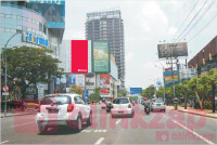 sewa media Billboard Jl Embong Malang  Gd Go Skate 2 B KOTA SURABAYA Building