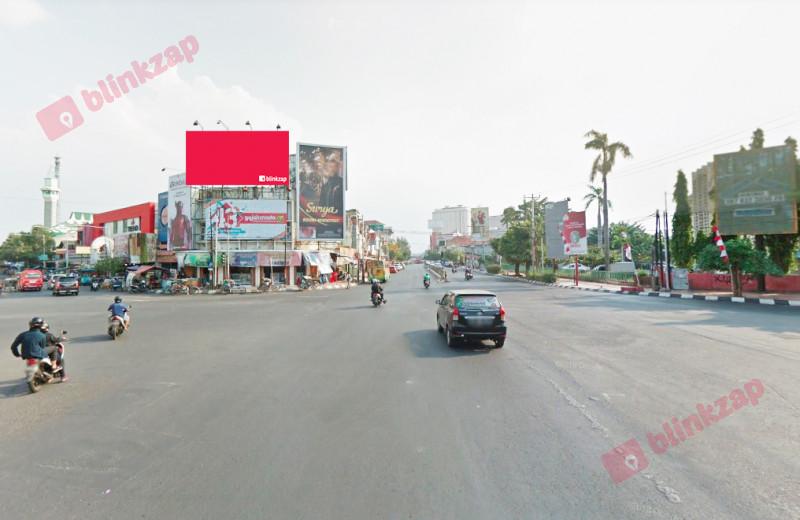 Sewa Billboard - Billboard Jl. Pemuda sebrang New Metro Hotel - kota semarang