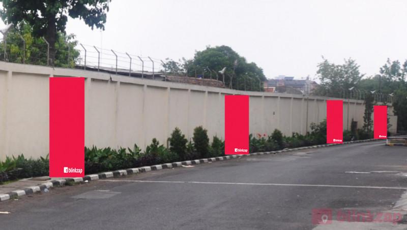 Sewa Digital Signage - Trans Studio Mall - East Exit Gate - kota bandung