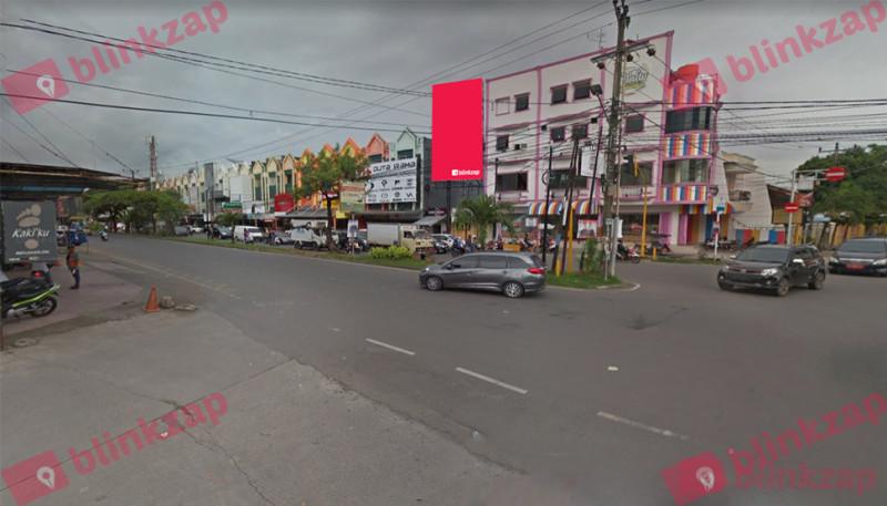 Sewa Billboard - Billboard Jalan Pengayoman View dari Jl. Adyaksa - kota makassar