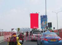 sewa media Billboard Billboard Pasar Kembang 130A (Dekat air isi ulang) menuju Ps Kembang KOTA SURABAYA Street