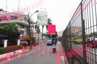 sewa media Billboard Billboard Arjuna Utara (Pinggir Tol Dekat Tomang Tol Swalayan) B KOTA JAKARTA BARAT Street