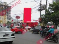 Billboard Jalan Boulevard (B)