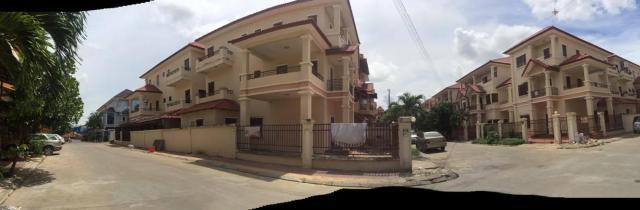 Twin villa in Piphub Thmey 3 Veng Sreng Road - 2/6
