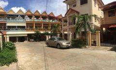 Twin villa in Piphub Thmey 3 Veng Sreng Road