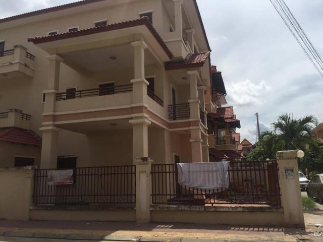 Twin villa in Piphub Thmey 3 Veng Sreng Road - 4/6