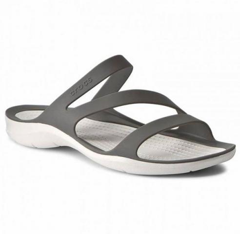 women crocs sandals for sale in Cambodia - 1/7