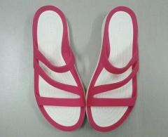 women crocs sandals for sale in Cambodia - Image 6/7