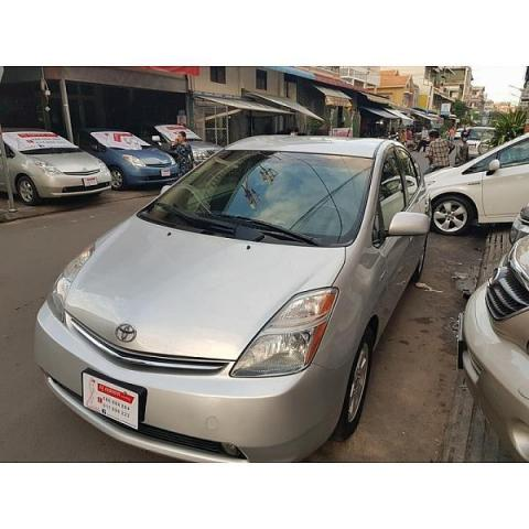 second hand Toyota Prius 2006 silver for sale - 2/8